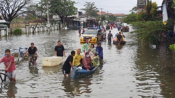 Update Pengungsi Banjir di Kota Pekalongan Ada 2.949 Warga, Berikut Data Tiap Kelurahan