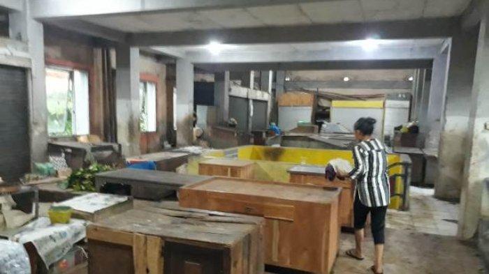 Pasar Mangkang Lengang di Hari Pertama Jateng di Rumah Saja, Pedagang Tak Berjualan karena Banjir