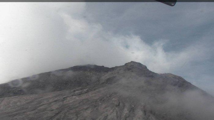 Penampakan Terkini Puncak Gunung Merapi dariBPPTKG SeusaiMeletus hingga Tinggi 6.000 Meter