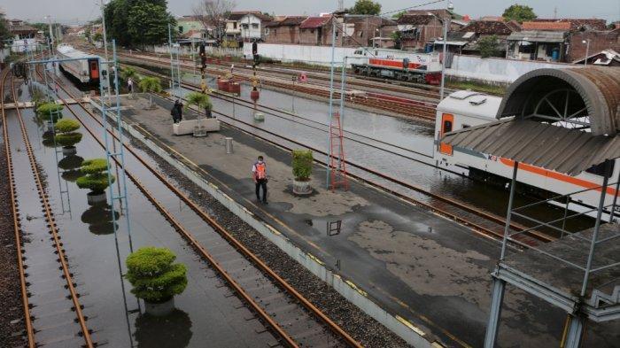 Dampak Banjir Bekasi, Kereta Api Surabaya & Semarang ke Jakarta Dibatalkan, Tiket Kembali 100 Persen