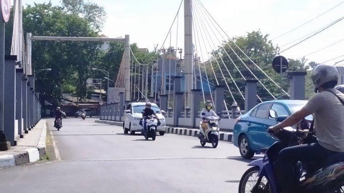 Penjambretan di Jembatan Pleret Semarang Setelah Mahgrib, Warga: Sangat Cepat, Korban Melawan