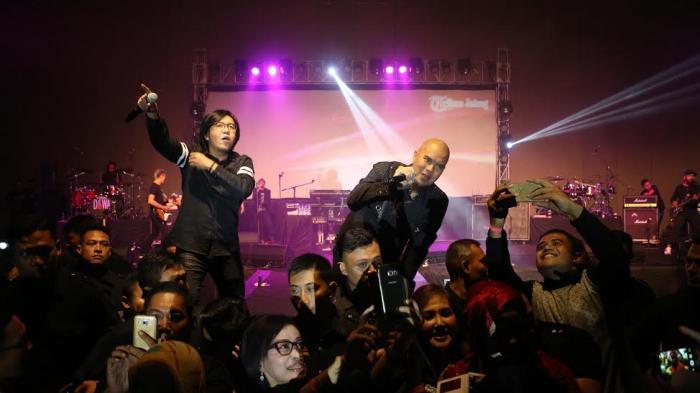 Ahmad Dhani: Lagi Show Ada Cewek Gitu, Aku Selalu Dahulukan Ari Lasso