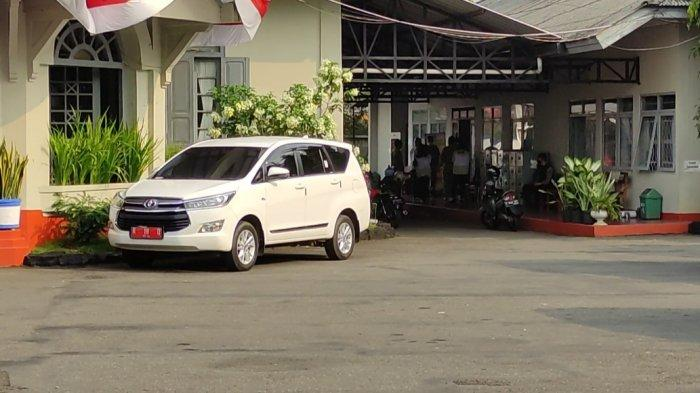 KPK Bawa Dua Koper dari Kantor Bupati Banjarnegara, 5 Tempat Digeledah terkait Kasus Dugaan Korupsi