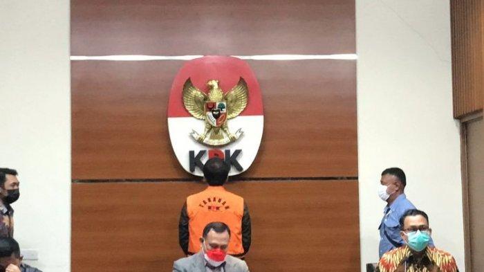 KPK Tahan Wakil Ketua DPR Azis Syamsuddin pada Sabtu Dini Hari