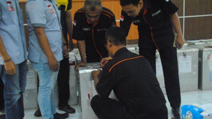 KPUD Purbalingga Gelar Rapat Pleno Rekapitulasi Pilgub 2018