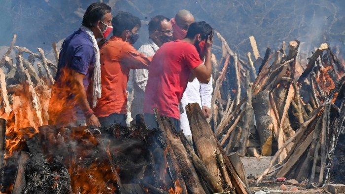 Kematian 117 Orang/jam, Pohon-pohon Taman Kota di India Pun Ditebang untuk Kremasi