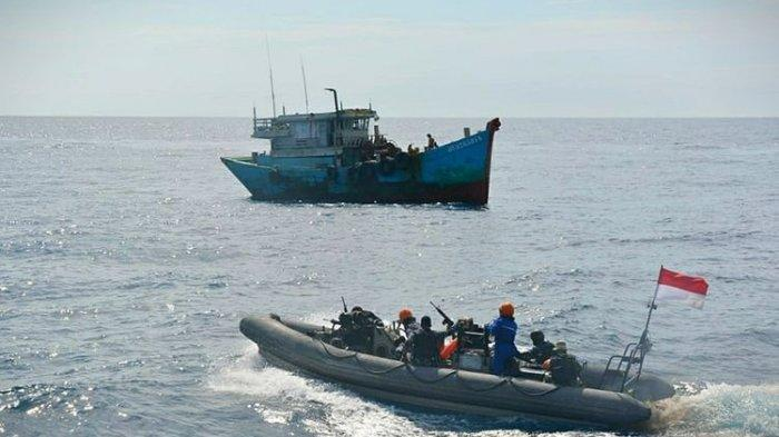 2 Kapal Asing Pencuri Ikan Asal FIlipina Ditangkap KKP di Sulawesi, 27 Awak Diamankan
