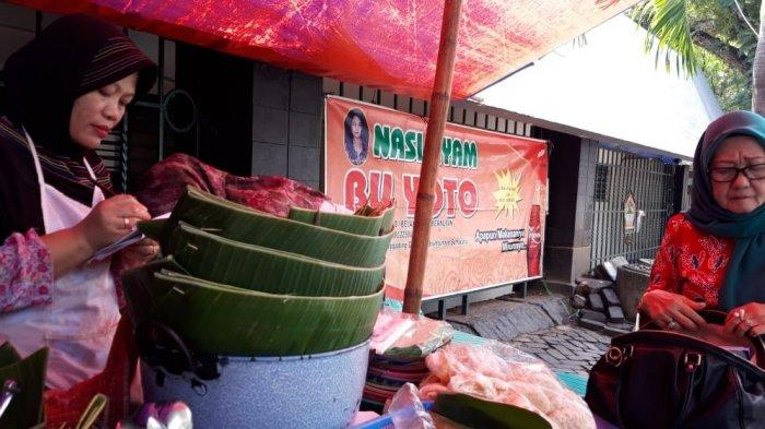 Nasi Ayam Bu Yoto.
