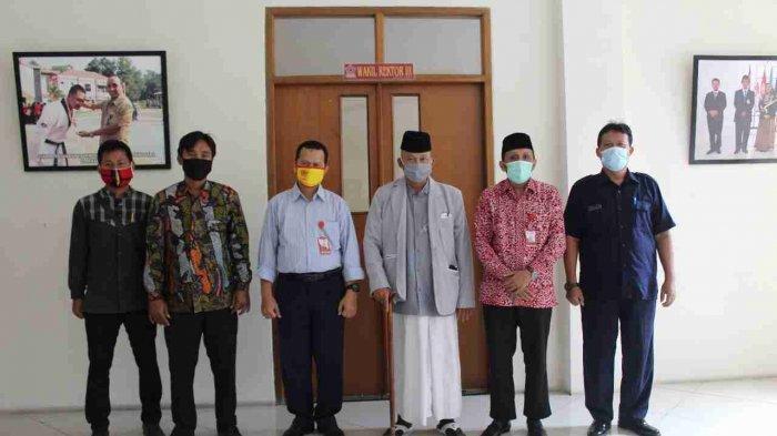 Kunjungan Dari Pengurus Ponpes Darul Ulum Sayung.
