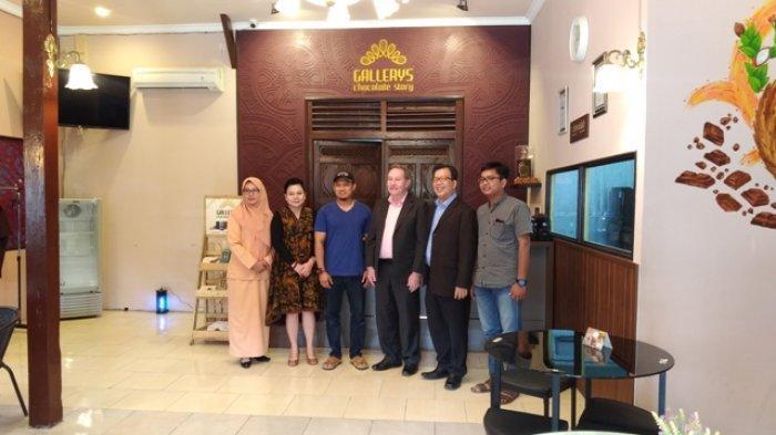Perusahaan Asal Singapura Berniat Pasarkan Produk Pabrik Coklat Asal Kendal ke Asia Tengah