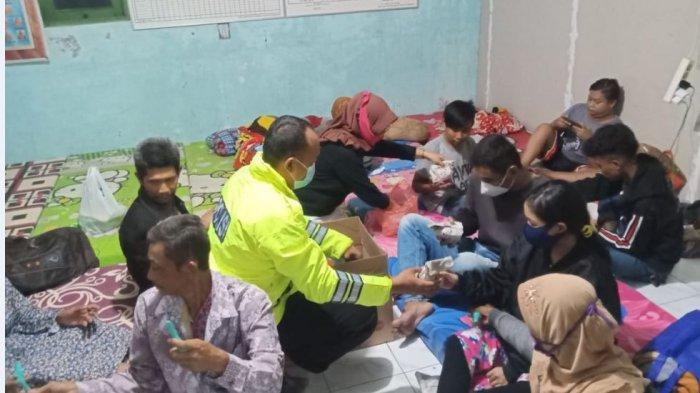 Angin Puting Beliung Terjang Ratusan Rumah di Karangsono, Pak Lurah: Seumur Hidup Baru Kali Ini
