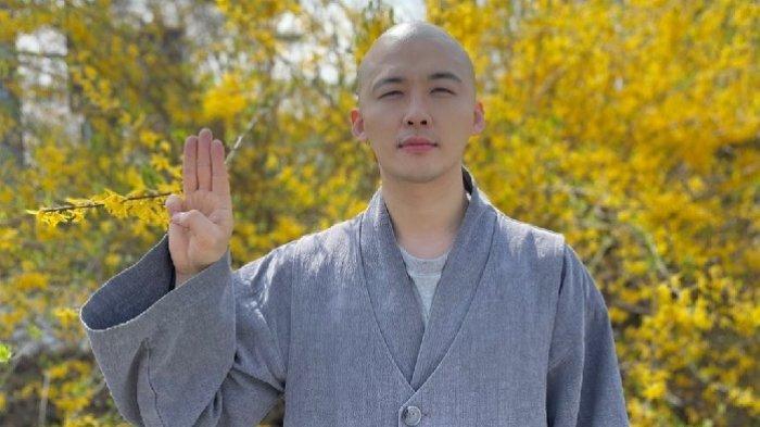 Kwon Seung Woo Pemeran Biksu di Drakor Vincenzo Ungkap Bagaimana Song Joong Ki Perlakukan Lawan Main