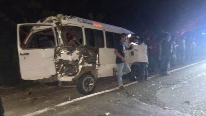 Kecelakaan Beruntun Mobil L300 Vs Kerbau dan Bus, Begini Kondisi Penumpang