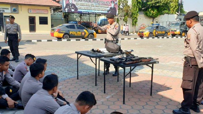 Anggota Polres Tegal Kota Dilatih Gunakan Senjata Api dan Bahan Peledak