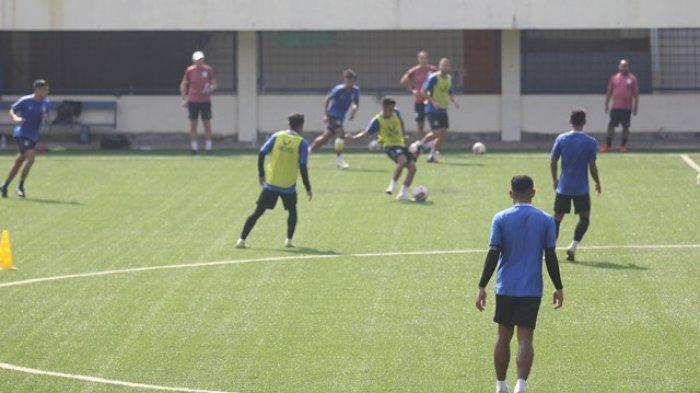 Pelatih PSIS Semarang Dragan Djukanovic Belum Puas Performa Barisan Depan Timnya