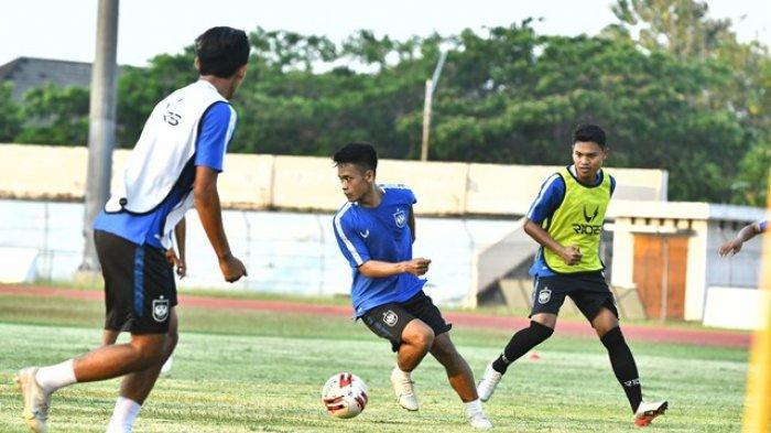 Pelatih PSIS Semarang Dragan Dkukanovic Puas dengan Latihan Timnya