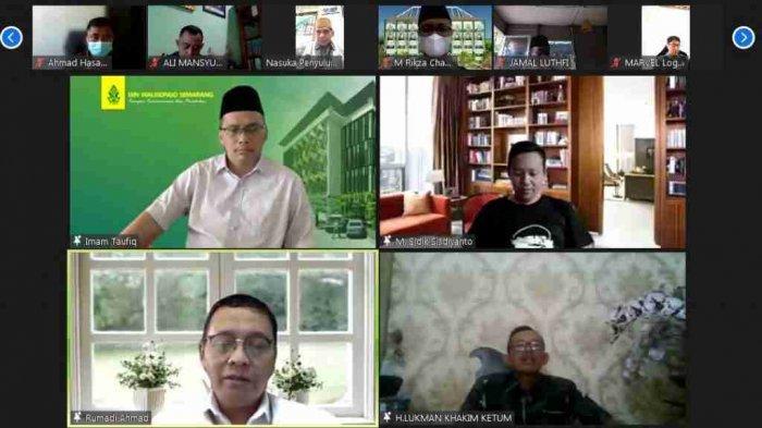 Alumni UIN Walisongo Semarang Gelar Donasi Peduli Nakes