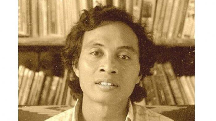 Puisi Senjakala Gunung Merapi Linus Suryadi  AG