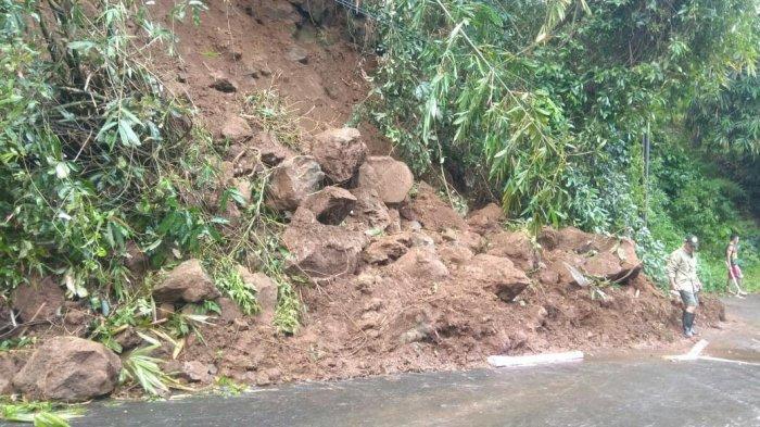 Longsor di Bumijawa Tegal Sempat Tutup Jalan, Dikhawatirkan Ada Susulan karena Tebing Retak