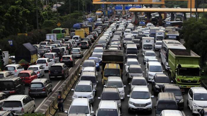 Pertamina Minta Ada Jalur Khusus Truk Tangki BBM di Tol Cikopo-Brebes Timur