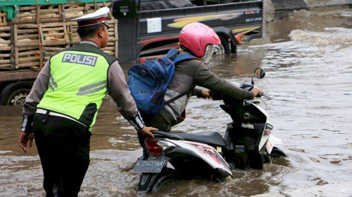 HOTLINE : Dua Tahun Lebih Kawasan Industri Terboyo Selalu Banjir