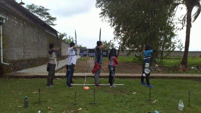 Hasil Membanggakan UKM Panahan Universitas Harapan Bangsa Purwokerto