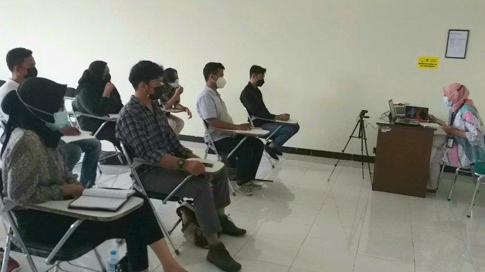 Mahasiswa di Jawa Tengah Mulai Kuliah Tatap Muka: Ada yang Pilih Daring