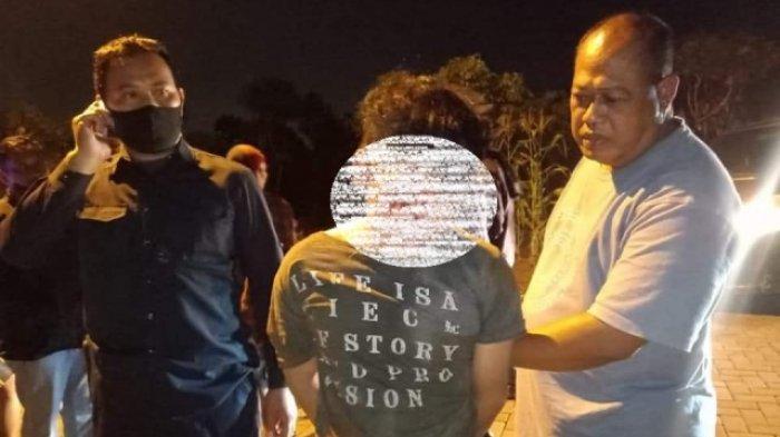 Maling Spesialis Rumah Kosong Ini 2 Kali Beraksi di BSB Semarang, Ketahuan Mengendap-endap di Kebun