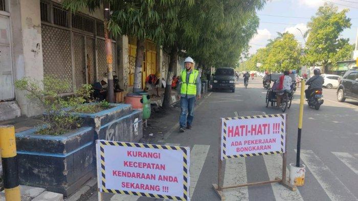 Hari Pertama Proyek Malioboro Kota Tegal Dihalangi LSM, PKL dan Mahasiswa