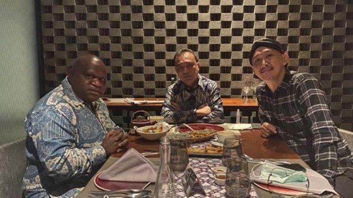 Meski Pigai & Abu JandaSudah Makan Malam Bareng, KNPI Tetap Tak Cabut Laporan