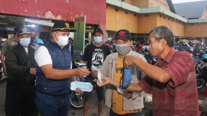 Anggota DPRD Kudus Cek Penerapan Prokes di Pasar