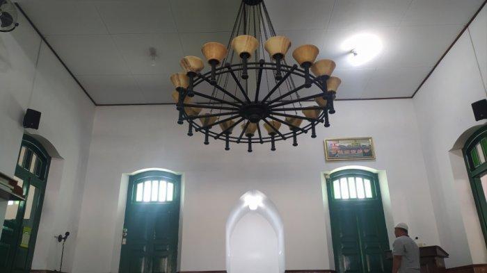 Menilik Arsitektur Masjid Argomedjono, Masjid yang Diklaim Tertua di Tawangmangu Karanganyar
