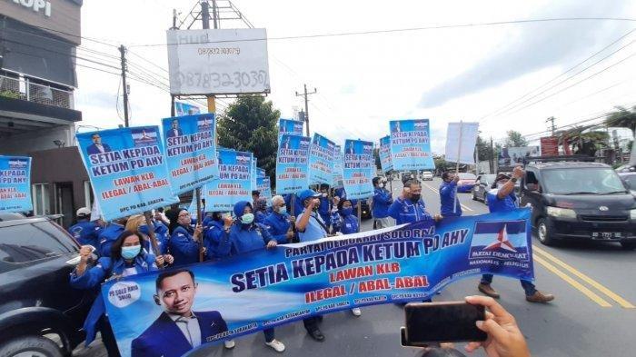 Kisruh Kudeta Partai Demokrat, Teriakan Ganyang Moeldoko Menggema di Jalan Adisucipto Solo