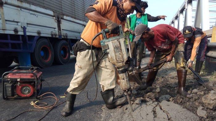 Pemkab Tegal Minta Kontraktor Segera Selesaikan Proyek Jalan yang Belum 100 Persen