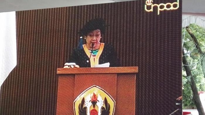 Cerita Megawati 'Dipaksa' Soekarno Kuliah di Jurusan Pertanian Hingga Keluar karena Badai Politik