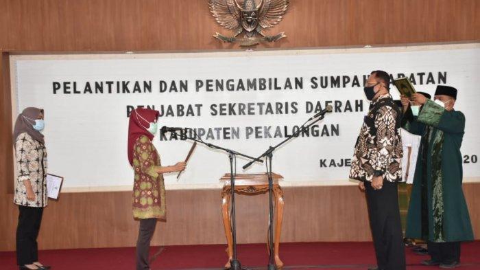 Bambang Irianto Dilantik Jadi Pj Sekda Kabupaten Pekalongan, Ini Pesan Plt Bupati