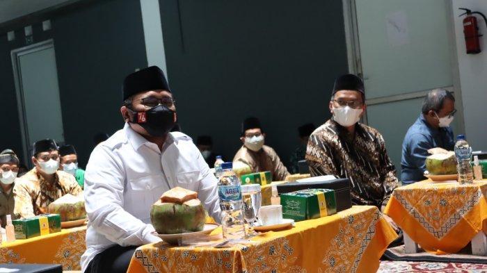Menteri Agama RI, H. Yaqut Cholil Qoumas mengunjungi Ma'had Al Jami'ah UIN Walisongo Semarang, Ahad (26/09/2021)