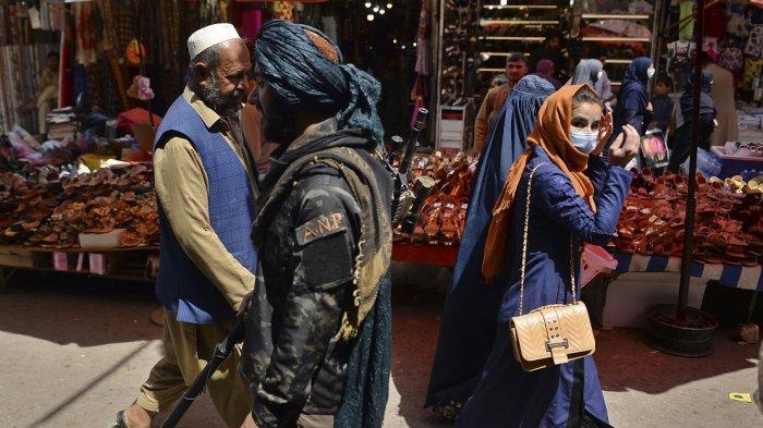 Banyak Keluarga Tinggalkan Afghanistan karena Takut Kawin Paksa Taliban