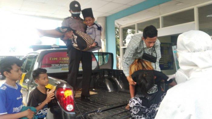 Mobil Rombongan Santri Kecelakaan di Kecamatan Kemangkon Purbalingga, Sopir dan Penumpang Luka