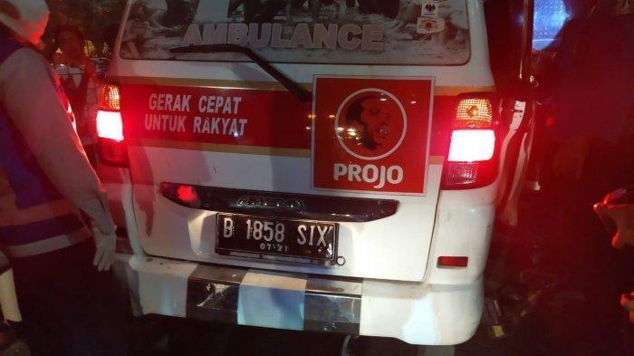 Robby Sopir Ambulans Projo Tewas Kecelakaan Tabrak Truk Tronton di Tol
