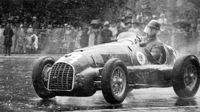 Ini Wujud Mobil Ferrari Pertama Di Formula 1 Belum Sebulan Diturunkan Langsung Jadi Juara Tribun Jateng