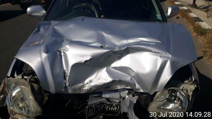 Kronologi Kecelakaan Mobil Honda Civic Remuk Tabrak Truk di Depan SPBU Jonggrangan Klaten