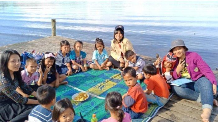 Mahasiswi Unika Soegijapranata Semarang Lakukan KKN di Mentawai Sumbar Pasca Gempa dan Tsunami