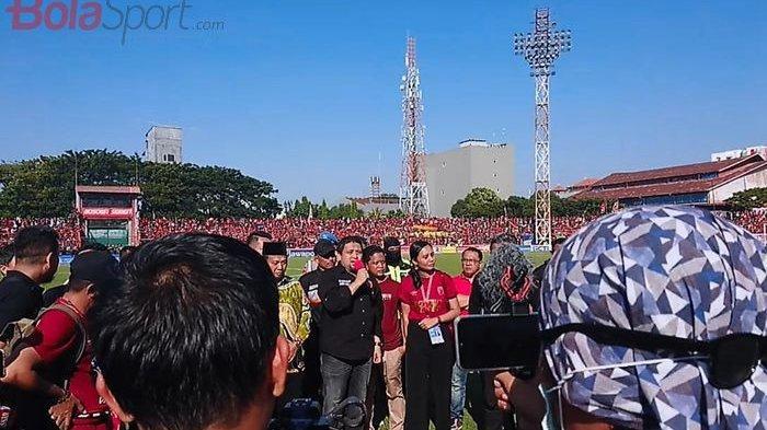 Dada Suporter PSM Makassar Tertancap Busur Panah Sore Tadi, Begini Kronologinya