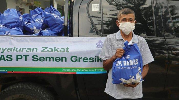 Mustahik atau penerima zakat melalui UPZ Basnaz di Kabupaten Rembang