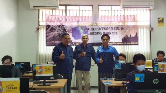 Dosen Teknik Sipil USM Beri Pelatihan Penggunaan Software Plaxis bagi Mahasiswa di Semarang