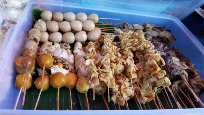 Salah satu nasi ayam yang wajib dicoba saat berkunjung ke Kota Semarang adalah Nasi Ayam Bu Yoto.