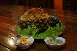 Nasi Goreng Nanas, Makin Segar Dicampur Salad Mangga