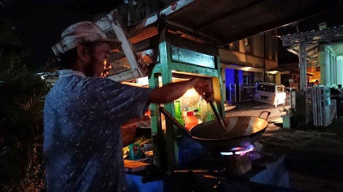 Doa Udin Penjual Nasi Goreng Asal Pemalang: Semoga Perekonomian Semakin Membaik