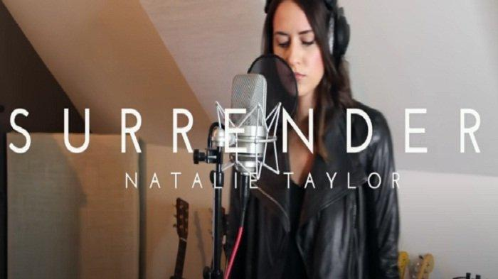 Not Angka Pianika Surrender Natalie Taylor Lengkap dengan Liriknya